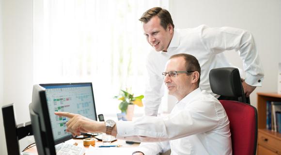 unternehmensleitung gmfs manager ihrer versicherungen versicherungsmakler in norddeutschland. Black Bedroom Furniture Sets. Home Design Ideas